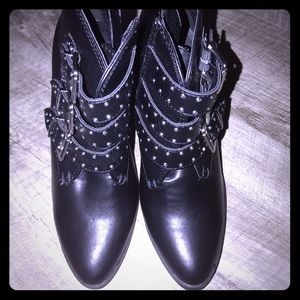 Madden girl black leather boots brand new